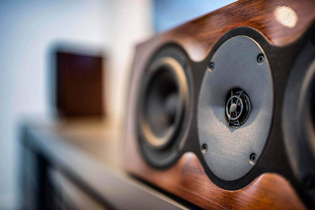 automação de áudio residencial fa av group